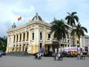 640px-Opera_House_-_Hanoi_-_Vietnam
