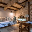 Chambres d'hôtes au milieu des vignes dans un moulin du XVIIe siècle