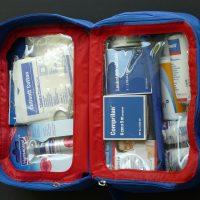 Voyager en avion avec son enfant : comment prévoir le mal de l'air ?