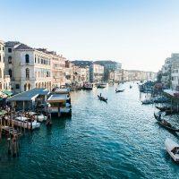 Partir en amoureux dans une ville romantique et européenne